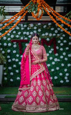 This couple overcame every obstacle to successfully pull off an elegant and close-knit lockdown wedding Bridal Sarees South Indian, Indian Bridal Photos, Indian Bridal Outfits, Indian Bridal Fashion, Indian Designer Outfits, Pink Bridal Lehenga, Wedding Lehnga, Designer Bridal Lehenga, Pink Lehenga