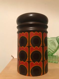 Excited to share the latest addition to my shop: retro ceramic flour shaker , mid centry design . Coffee Jars, Men Coffee, Veg Dishes, Funky Junk, Side Plates, Jewel Tones, Kitsch, Tea Party, Planter Pots