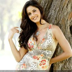 50 Beautiful Faces in Bollywood: Katrina Kaif