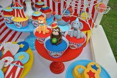 Big Top Circus themed birthday party Full of Really Fun Ideas via Kara's Party Ideas   Cake, decor, cupcakes, games and more! KarasPartyIdeas.com #underthebigtop #circusparty #circus #circuscake #carnivalparty #lemonadestand #partyplanning #partyideas (19)