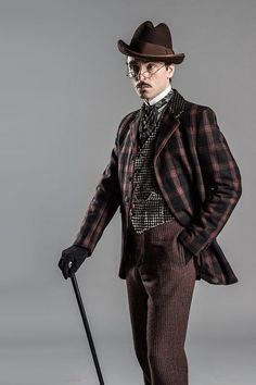 Steampunk Fashion Guide: Victorian Costumes from 'Ripper Street'