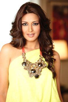 Mellow yellow. #Sonali #Bollywood
