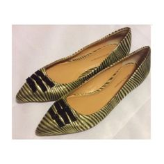 🐾🐾25% off bundles Anthropologie flats...NEW FIRM $$ unless bundled...Adorable, dressy or casual flats!  Very chic with your favorite pair of jeans✨✨ Get the look👑 Anthropologie Shoes Flats & Loafers