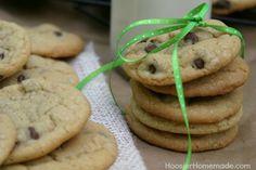 Soft Chocolate Chip Cookies Recipe #Chocolate Chip #cookies #chocolatechipcookies