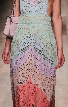 Great color, and some cool eyelet effect too Prints, Patterns And Surface Effects: Beautiful Details From Paris Fashion Week (Woman Collections Spring/Summer 2015) / 9