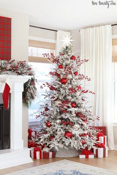 For some beautiful Christmas Tree inspirations, stop by and see My Favorite Christmas Trees of 2019 for so many great ideas! Silver Christmas Decorations, Flocked Christmas Trees, Silver Christmas Tree, Beautiful Christmas Trees, Woodland Christmas, Christmas Tree Farm, Christmas Home, White Christmas, Holiday Decor