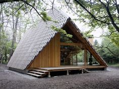 Not small but a unique take on an A-frame. Kengo Kuma - Y-Hütte, Eastern Japan 2006
