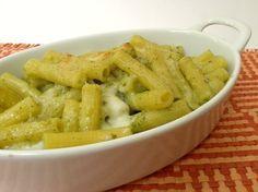 Pasta al forno con pesto e mozzarella