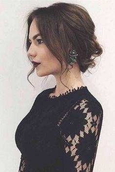 Trendy Chic Updos Ideas For Medium Length Hair18