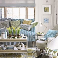 Country living room with blue patterned sofa | Living room | Country Homes & Interiors | Housetohome.co.uk