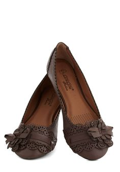 A Tribute to Archi-texture Flat in Espresso, #ModCloth -super cute I really want them