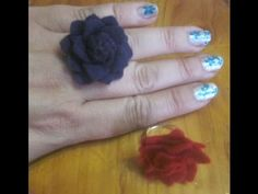 ANILLO FLOR DE FIELTRO Flower Rings, Big Rings, Felt Flowers, Loom Knitting, Buttons