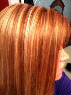 Red hair with blonde highlights! I'd love this color with just slightly more subtle blonde highlights. maybe just a few here and there, to make it look a tad more natural. But this is beautiful! Auburn Blonde Hair, Blonde Foils, Light Auburn Hair, Blonde Dye, Auburn Balayage, Copper Blonde, Copper Red, Red Hair Pictures, Red Hair With Blonde Highlights
