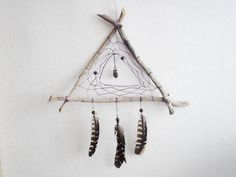 dream catcher - purple triangle - with raw amethist amulet, natural brown feathers, purple nett and wooden frame - home decor, mobile Los Dreamcatchers, Diy And Crafts, Arts And Crafts, Nature Crafts, Wind Chimes, Craft Projects, Weaving, Crafty, Handmade