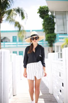 NORMANDY DRIVE | Fiona from thedashingrider.com wears a Zara Blouse, Asos Shorts, Catarzi Hat and Superga Sneakers #ootd #whatiwore