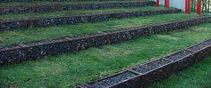 Gabion terrace walls by Badec Bros Deco, via Flickr