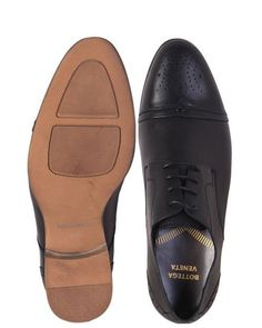differently 487ff 4a300 Bottega Veneta Lace-up Brogues