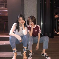 ulzzang girl 얼짱 cute pretty kawaii adorable beautiful hot fit korean japanese asian soft aesthetic 女 女の子 g e o r g i a n a : 人 Cute Korean, Korean Girl, Asian Girl, Best Friend Couples, Best Friend Goals, Mode Ulzzang, Ulzzang Girl, Korean Best Friends, Bff Girls