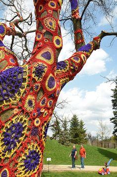 Cro crochet, Yarn bomb Doily tree // Psychedelic Crocheted Tree...
