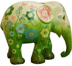 Elephant Parade Webshop - Buy your own elephant here! Asian Elephant, Elephant Love, Elephant Art, Elephant Stuff, All About Elephants, Save The Elephants, Paper Mache Animals, Elephants Photos, Elephant Sculpture