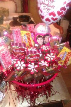 Valentines Basket full of Cake Pops