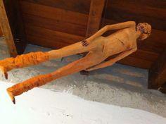 @escultura_a.i  Escultura em madeira. Amanda I.  #escultura #ArteBrasileira #entalhe #brazilianart #sculpture
