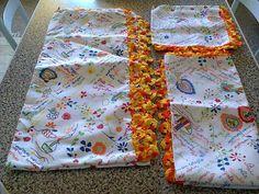 conjunto de cozinha toalha,pano de cozinha e guardanapos em renda