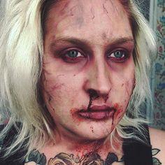 Did anyone say #nasty #virusinfection  #halloween #look  i samarbeid med @makeupartas ❤️❤️❤️ produkter @bennyemakeup #bennye #makeupartas #mua #costumemakeup #costume #halloweenmakeupideas #halloweenmakeup #halloweenideas #vius #infection #sfx #sfxmakeup #blood #bloody #gore Sfx Makeup, Costume Makeup, Beauty Makeup, Halloween Make Up, Halloween Face Makeup, Ben Nye, Makeup Ideas, Makeup Looks, Photo And Video