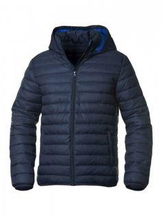 fb9885ba CLIQUE ARKANSAS JACKET Moderne vattert jakke i polyesterdun. Avtagbar hette  og lommer med glidelås i