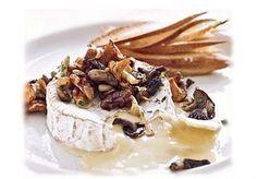 Camembert fondant à la fricassée de champignons sauvages