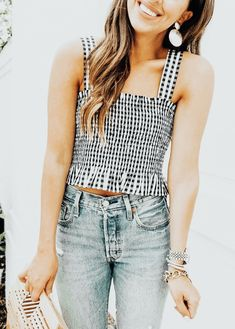 21 Casual Summer Outfits That Always Look Great - Fashion Trends - Casual Summer Outfits, Spring Outfits, Trendy Outfits, Preppy Girl Outfits, Striped Outfits, Woman Outfits, Fashion Blogger Style, Look Fashion, Fashion Trends