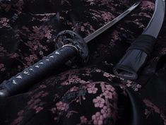 japan, katana, and sword Bild Demon Aesthetic, Aesthetic Japan, Character Aesthetic, Japanese Sword, Japanese Art, Katana, Accel World, Anime Demon, Hetalia