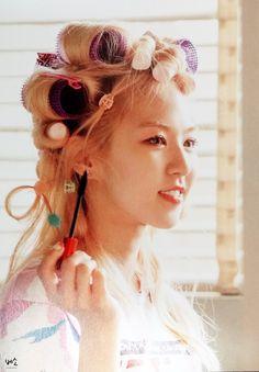 Book Of Random Facts - Red Velvet (Yeri) - Wattpad Red Velvet Ice Cream, Wendy Red Velvet, Seulgi, Olaf, Red Velvet Photoshoot, I Love Girls, My Baby Girl, Peek A Boos, New Pictures
