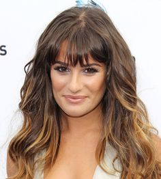 Oval face shape and bangs Oval Face Bangs, Oval Face Haircuts, Face Shape Hairstyles, Oval Face Shapes, Oval Faces, Oval Shape, Long Hair Cuts, Long Hair Styles, Long Layered Haircuts