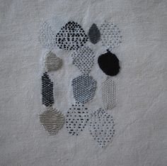 blanco y negro 2013 by Laucorreo. Sashiko Embroidery, Embroidery Art, Cross Stitch Embroidery, Embroidery Designs, Textiles Techniques, Embroidery Techniques, Art Textile, Textile Artists, Fabric Art