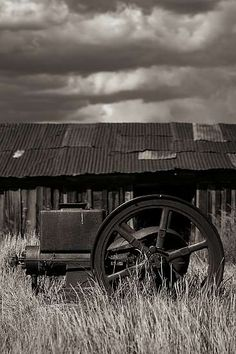 San Fransisco Black And White Photography Paul Pardue. Bodie California, Cool Photos, Beautiful Pictures, Country Life, Country Living, Beautiful World, Simply Beautiful, Landscape Photography, Photography Ideas