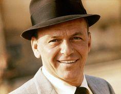 Frank Sinatra (Getty Images / Redferns / GAB Archive)