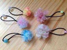 簡単! お花みたいなポンポンリボンのヘアゴムの作り方|その他|ファッション小物|作品カテゴリ|アトリエ