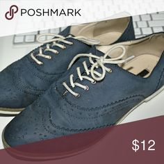 Oxford shoes Navy blue Oxford shoes worn 2?. Very confortable. Wear with any pair of jeans. Forever 21 Shoes Flats & Loafers