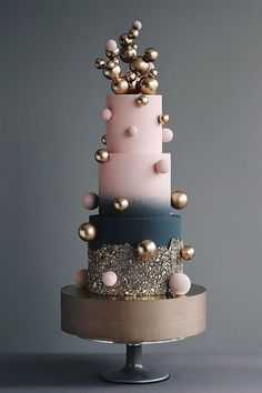 We've prepared the most trendy wedding cake styles for your inspiration. Сheck out top 10 wedding cake trends for every style, theme, and budget 😍 country chocolat mariage cake cake country cake recipes cake simple cake vintage Tall Wedding Cakes, Beautiful Wedding Cakes, Gorgeous Cakes, Pretty Cakes, Cute Cakes, Amazing Cakes, Cake Wedding, Unique Cakes, Creative Cakes