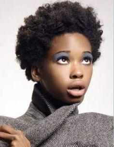 curly afros | 4A : Cheveux étroitement enroulés qui, une fois étirées, sont en ...