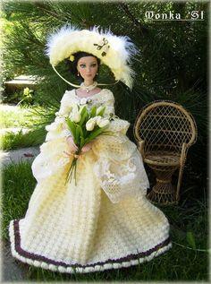 Háčkované historicé šaty