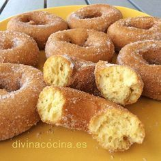 You searched for Rosquillas - Divina Cocina Spanish Desserts, Spanish Dishes, Donut Recipes, Dessert Recipes, Kitchen Recipes, Cooking Recipes, Homemade Donuts, Pan Dulce, Cakes And More