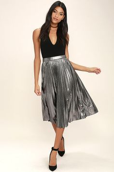 Twirling in the moonlight is what the Eclipse of the Heart Silver Midi Skirt was made for! Dark metallic silver ribbed knit sways from a banded high waist, into a midi skirt with accordion pleats. Hidden side zipper with clasp. Metallic Skirt Outfit, Metallic Pleated Skirt, Silver Skirt, Midi Skirt Outfit, Pleated Midi Skirt, Skirt Outfits, Skater Skirts, Pencil Skirts, Maxi Skirts