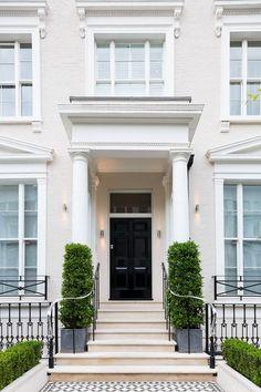 Notting Hill Apartment / Louise Holt Design