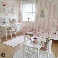 27 Childrens Bedroom Wallpaper Ideas it Making Cool Baby Bedroom, Bedroom Decor, Bedroom Ideas, Childrens Bedroom Wallpaper, Little Girl Rooms, Toddler Girl Bedrooms, Kid Bedrooms, New Room, Room Inspiration