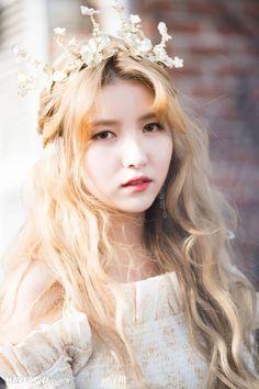 Photo album containing 9 pictures of Sowon Kpop Girl Groups, Korean Girl Groups, Kpop Girls, Sunrise Music, Gfriend Album, Gfriend Sowon, Cloud Dancer, Fandom, Thing 1