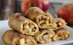 Apple Pie Roll Ups- the perfect breakfast or dessert recipe! Tastes like apple pie all wrapped up in cinnamon toast! Perfect for fall! Apple Desserts, Apple Recipes, Sweet Recipes, Breakfast Recipes, Dessert Recipes, Apples And Cheese, Good Food, Yummy Food, Tasty