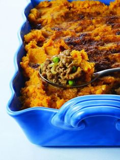 This gorgeous sweet potato crust hides a healthy and delicious turkey filling! Find out what other ingredients are used by following this Turkey Shepherd's Pie recipe! http://www.joyofkosher.com/recipes/turkey-shepherds-pie-with-sweet-potato-topping/