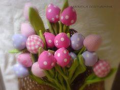 fabric tulip buds! how precious!